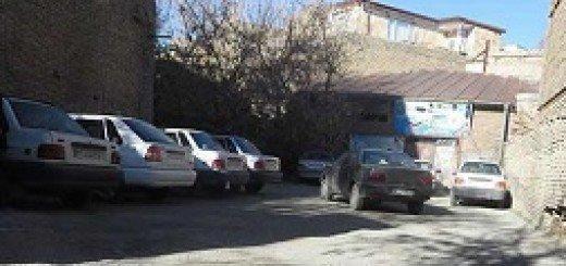 حمله جوانان به پایگاه موسوم انصار حزب الله مربوط به بسیج در شهر ری