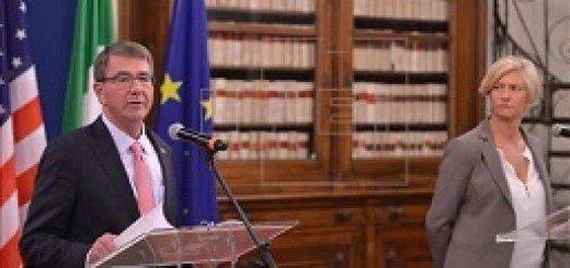 ۴۴۱۳۱_اشتون-کارتر-در-کنفرانس-خبری-با-وزیر-خارجه-ایتالیا-