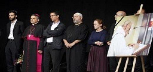 همبستگی مسلمانان و مسیحیان فرانسه