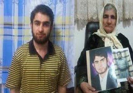 شهرام احمدی و مادرش -222