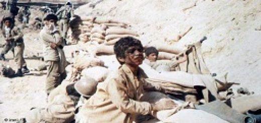 iranian-kids-fighting-in-the-iran-and-iraq-war-1980-1988-copy