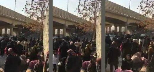 تهران - اوین تجمع خانوادههای دستگیر شدگان قیام - ۱۴دی ۹۶