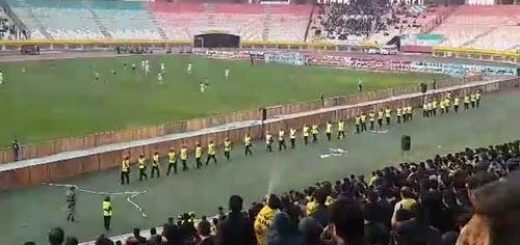 حضور ماموران ضدشورش در استادیوم اصفهان