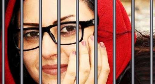 زندانی سیاسی در اعتصاب غذا گلرخ ایرایی