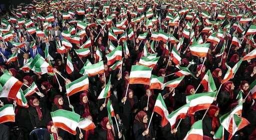 مجاهدین در آلبانی ـ اشرفیهای ایستاده