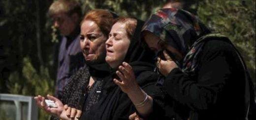 سنندج.برگزاری مراسم خاکسپاری جانباختگان حادثه تصادف