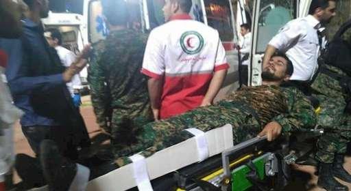 ورزشگاه الغدیر اهواز - زخمی شدن ماموران امنیتی رژیم