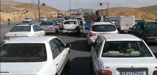 هجوم مردم به سمت پاسارگاد برای گرامیداشت ۷آبان روز کوروش + فیلم و عکس