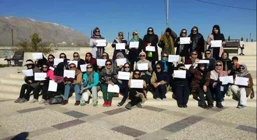 تجمع زنان معلم و فرهنگی به مناسبت روز جهانی زن