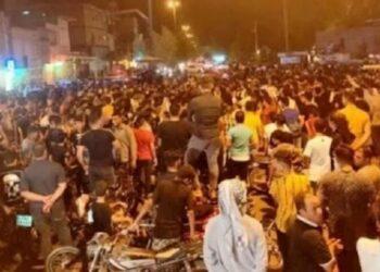 پیام قیام خوزستان؛ جبهه مردم ایران متحد و همبسته به پیش!